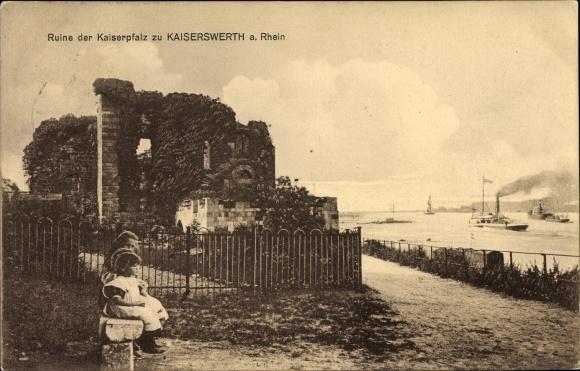 Ak Kaiserswerth Düsseldorf Nordrhein Westfalen, Partie an der Ruine der Kaiserpfalz, Blick auf Rhein