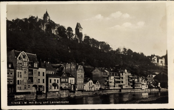 Ak Altena im Märkischen Kreis, Teilansicht mit Burg und Lennebrücke