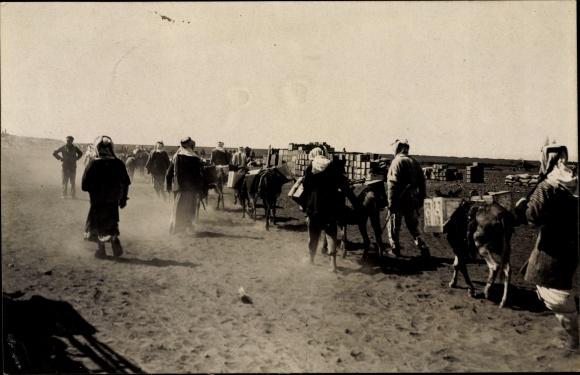 Foto Ak Syrien, Colonne francais, Französische Kolonne, Syrische Revolution 1925, Drusen