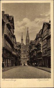 Ak Braunschweig in Niedersachsen, Hagenbrücke, Straßenpartie mit Blick zur Kirche