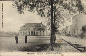 Ak Baccarat Lothringen Meurthe et Moselle, Avenue de Lachapelle et Salle des Fetes