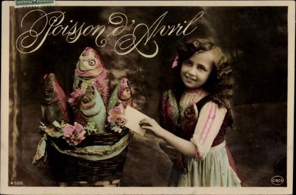 Ak 1. April, Poisson d'Avril, Mädchen und Fische in einem Korb
