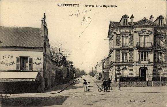 Ak Pierrefitte Seine Saint Denis, Avenue de la Republique, Jardin et Bosquets
