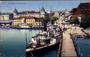 Ak Konstanz am Bodensee, Hafenpartie, Dampfer, Anlegestelle, Teilansicht der Stadt