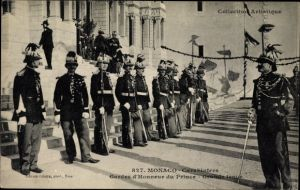 Ak Monaco, Carabiniers, Gardes d'Honneur du Prince, Grande tenue