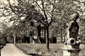 Ak Roxel Münster in Westfalen, Gartenpartie vor einem Wohnhaus