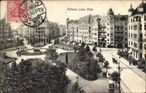 Ak Berlin Schöneberg, Blick auf den Victoria Luise Platz, Straßenpartie