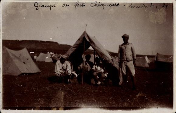 Foto Ak Soueïda Syrien, Groupe des Forts chiqueurs, Biwak, Syrische Revolution 1927