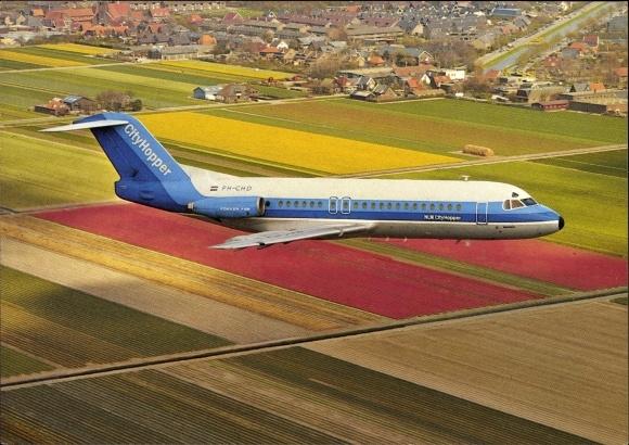 Ak Niederländisches Passagierflugzeug, Fokker F 28 000 Fellowship, NLM CityHopper, PH-CHD