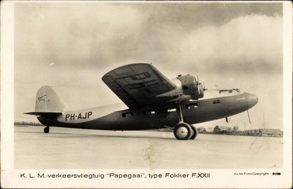 Ak KLM verkeersvliegtuig Papegaai, type Fokker F.XXII, PH-AJP