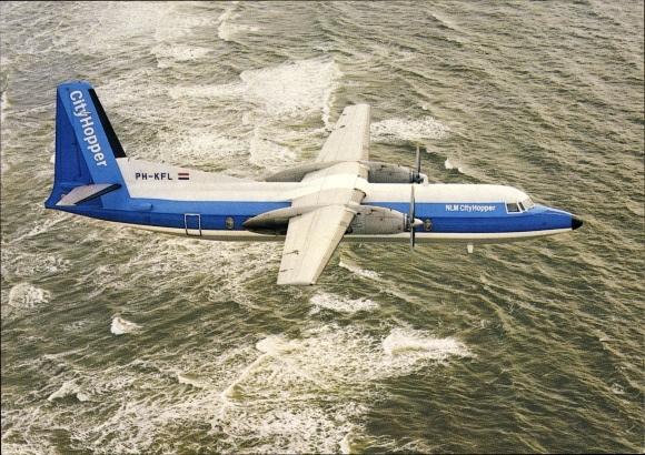 Ak Niederländisches Passagierflugzeug, Fokker F 27 Friendship, PH-KFL, NLM CityHopper