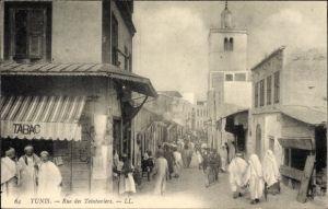 Ak Tunis Tunesien, Rue des Teinturiers, Straßenpartie, Passanten