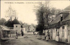 Ak En Berry la Chapelotte Cher, La Grande Rue, près la Lavoir, Straßenpartie im Ort
