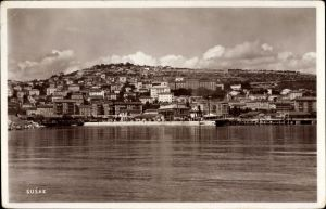 Ak Sansego Susak Kroatien, Stadtpanorama vom Meer, Gebäude