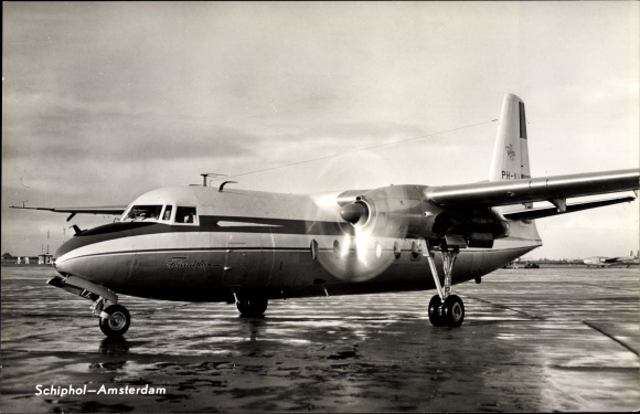 Ak Amsterdam Nordholland Niederlande, Schiphol Flughafen, Fokker Flugzeug, Friendship PH-NIV