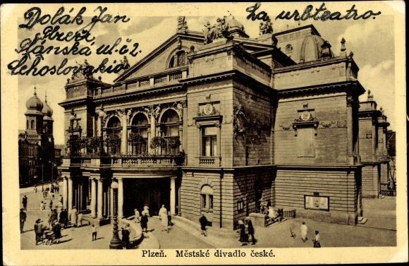 Ak Plzeň Pilsen Stadt, Mestske divadlo ceske, Blick auf das Theater