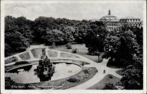 Ak Erlangen in Mittelfranken Bayern, Partie im Schlossgarten mit Blick auf den Brunnen