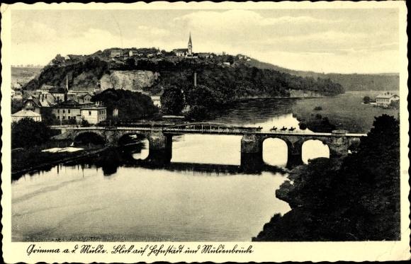 Ak Grimma in Sachsen, Flusspartie mit Blick auf die Stadt, Muldenbrücke