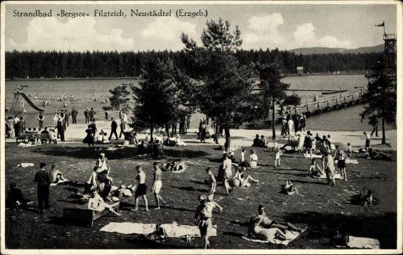 Ak Neustädtel Schneeberg im Erzgebirge, Strandbad Bergsee Filzteich, Liegewiese, Wasserrutsche