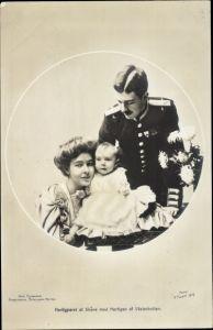 Passepartout Ak Kronprinzenpaar von Schweden, Gustav Adolf VI., Margaret of Connaught, Sohn