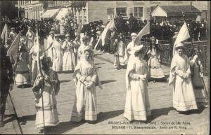 Ak Bruges Brügge Flandern Westflandern, Procession du S. Sang, Statue de Ste. Anne, Prozession