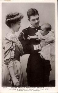 Ak Kronprinz Gustav Adolf von Schweden, Margaret of Connaught, Sohn