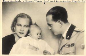 Foto Ak Kronprinz Umberto von Italien, Marie José von Belgien, Kind