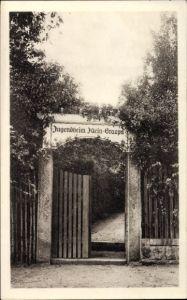 Ak Graupa Pirna in Sachsen, Blick auf den Eingang vom Jugendheim