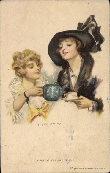 Künstler Ak Christy, F. Earl, A Bit of Tea and Gossip, zwei Frauen trinken Tee