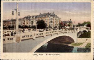 Ak Gera in Thüringen, Blick auf die Heinrichsbrücke, Flusspartie