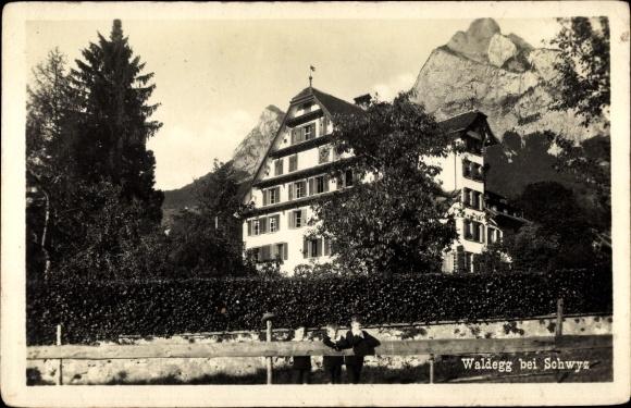 Ak Waldegg Kt. Schwyz Schweiz, Ansicht eines Hauses