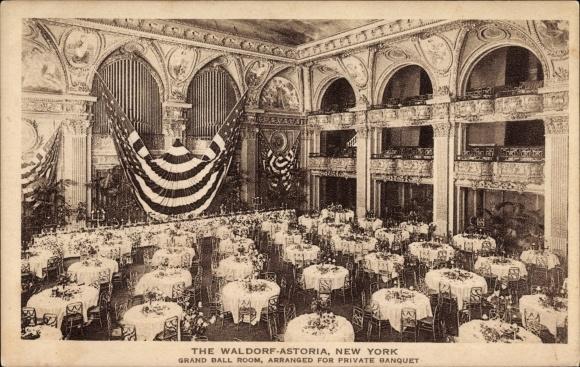 Ak New York City USA, The Waldorf Astoria, Grand Ball Room, private banquet, Ballsaal