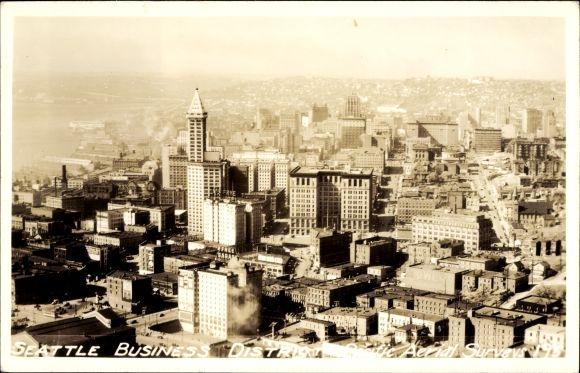 Ak Seattle Washington USA, Business District, Fliegeraufnahme des Geschäftsviertels