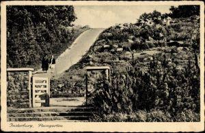 Ak Tschernjachowsk Insterburg Ostpreußen, Steingarten, Wegpartie, Spaziergänger