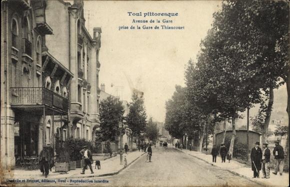 Ak Toul Nord, Avenue de la Gare prise de la Gare de Thiaucourt