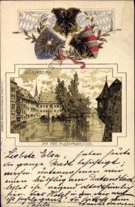 Präge Wappen Litho Nürnberg in Mittelfranken Bayern, Partie an der Museumsbrücke, Henkersteg