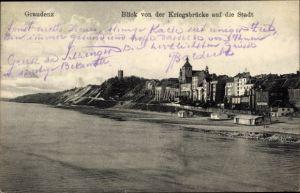 Ak Grudziądz Graudenz Westpreußen, Blick von der Kriegsbrücke auf die Stadt