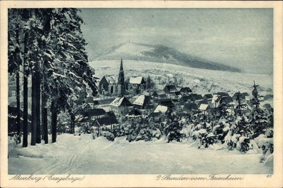 Ak Altenberg im Osterzgebirge, Blick auf den Ort mit Umgebung im Winter