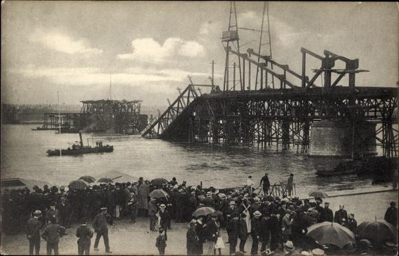 Ak Köln am Rhein, Blick auf die Südbrücke im Bau 9. Juli 1908, Einsturz
