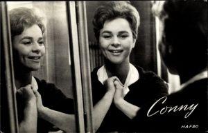 Ak Schauspielerin und Sängerin Conny, Cornelia Froboess, Conny en Peter maken muziek
