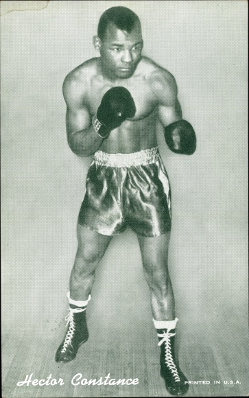 Ak Hector Constance, Boxer, Standportrait, Boxhandschuhe, Boxerhosen