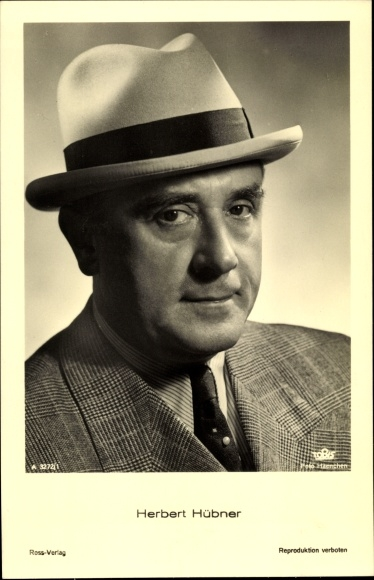 Ak Schauspieler Herbert Hübner, Portrait mit Hut, Ross Verlag Nr. A 3272/1