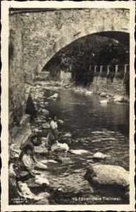 Ak Kt. Tessin, Lavandaie, Waschfrauen am Wasser, Brücke