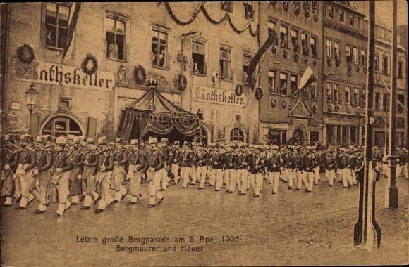 Ak Freiberg im Kreis Mittelsachsen, Letzte große Bergparade am 06. April 1906, Bergmaurer und Häuer