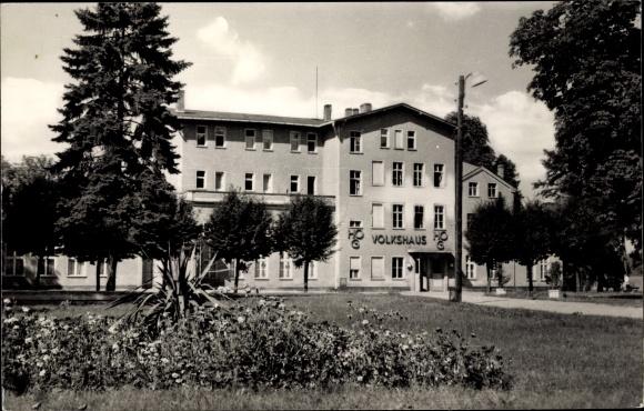 Ak Strausberg im Kreis Märkisch Oderland, Blick zum HOG Volkshaus