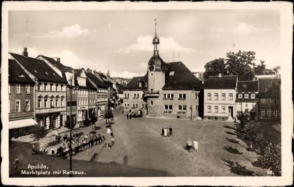 Ak Apolda im Weimarer Land Thüringen, Marktplatz mit Rathaus, Geschäft Karl Hüttner