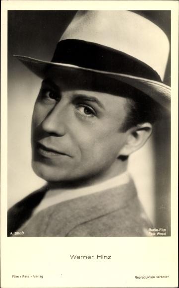 Ak Schauspieler Werner Hinz, Portrait mit Hut, Nr. A 3869/1