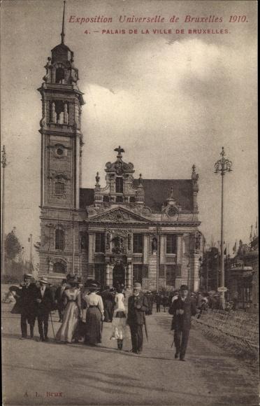Ak Bruxelles Brüssel, Exposition Universelle 1910, Palais de la Ville de Bruxelles, Besucher