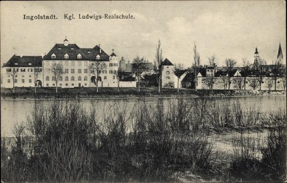 Ak Ingolstadt an der Donau Oberbayern, Kgl. Ludwigs Realschule, Flusspartie