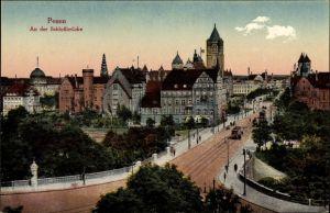 Ak Poznań Posen, An der Schlossbrücke, Teilansicht der Stadt, Straßenbahn